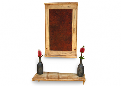 Butsudan in maple and redwood burl with maple shelf