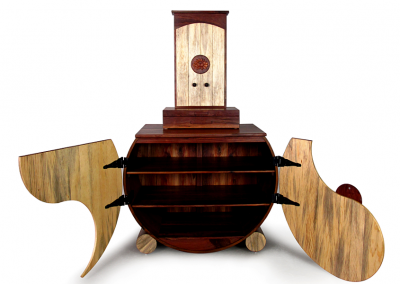 Butsudan and yin-yang cabinet in walnut and beetle pine