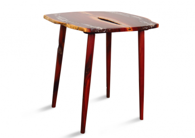 Accent table in manzanita