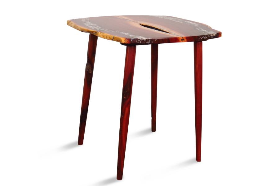 Accent table in manzanita