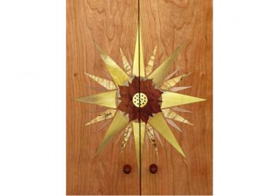Cherry butsudan with starburst doors